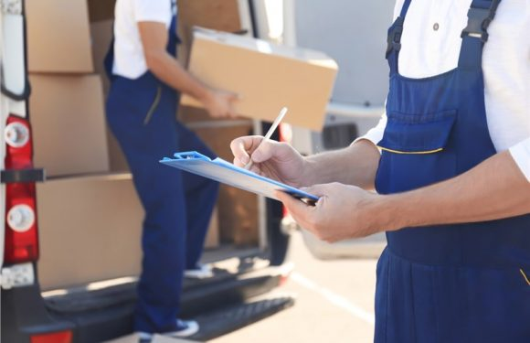 Tricks to avoid making mistakes when hiring movers and packers
